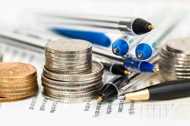 Junge Menschen und Aktien – Warum du investieren musst!